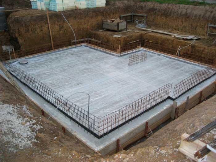 betonnaya-plita-dlya-fundamenta-doma