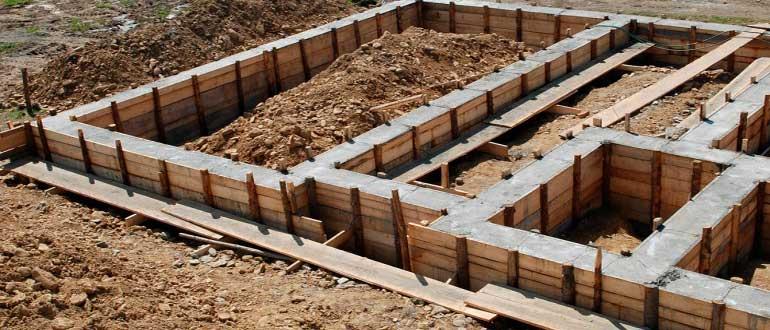 betonnyy-fundament-dlya-doma-svoimi-rukami