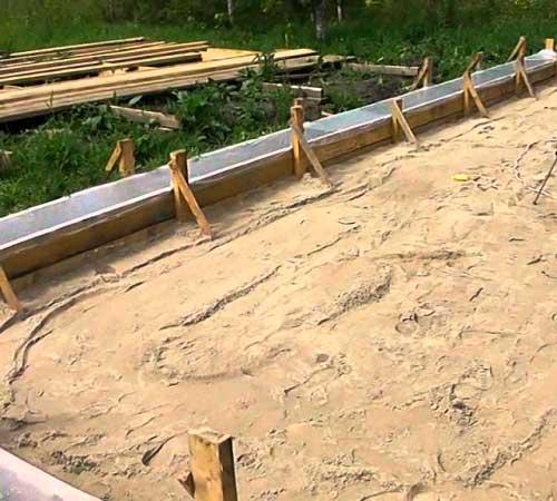 fundamentnaya-podushka-dlya-plity-fundamenta-doma