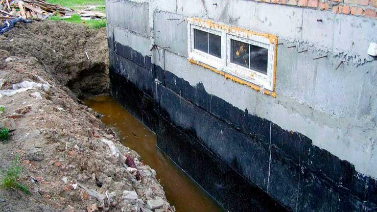 gidroizolyaciya-fundamenta-pod-dom