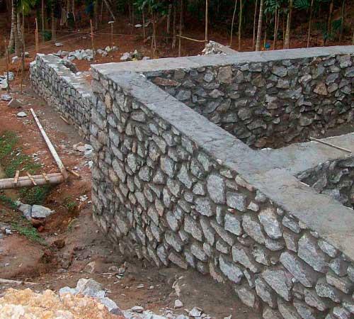 kak-zalit-fundament-pod dom-svoimi-rukami