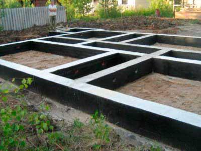 ustroystvo-fundamenta-pod-kirpichnyy-dom