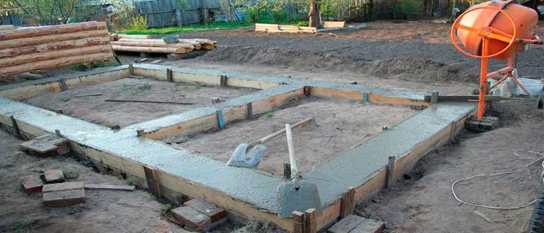 zaliv-fundamenta-pod-banyu
