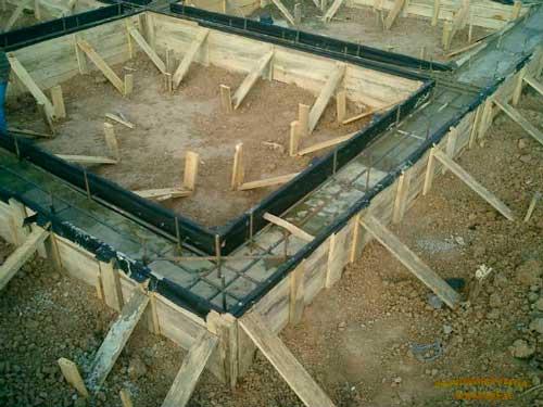 fundament-pod-teplitsu-iz-polikarbonata-kakoy-luchshe-9