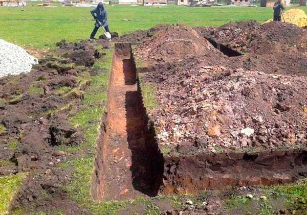 kak-delat-lentochnyy-fundament-pod-chastnyyu-banyu-poshagovo