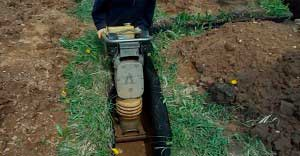 trambovka-peska-fundamenta-bani-4h6-svoimi-rukami