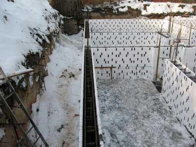 zalivka-fundamenta-zimoy-8