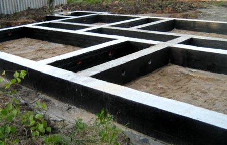 glubina-fundamenta-dlya-odnoetazhnogo-doma-iz-kirpicha