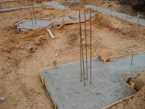 gesn-ustroystvo-betonnoy-podgotovki-pod-fundamenty